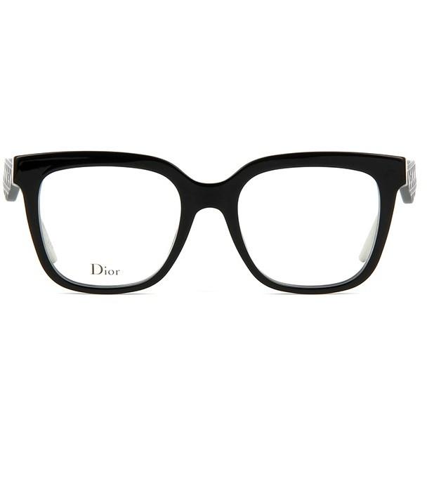5bcc5fc66 Oculos de grau Dior Very Dior 1O tem armacao quadrada produzida em acetato  preto Suas hastes sao delicadamente trabalhadas - trazendo ainda mais ...