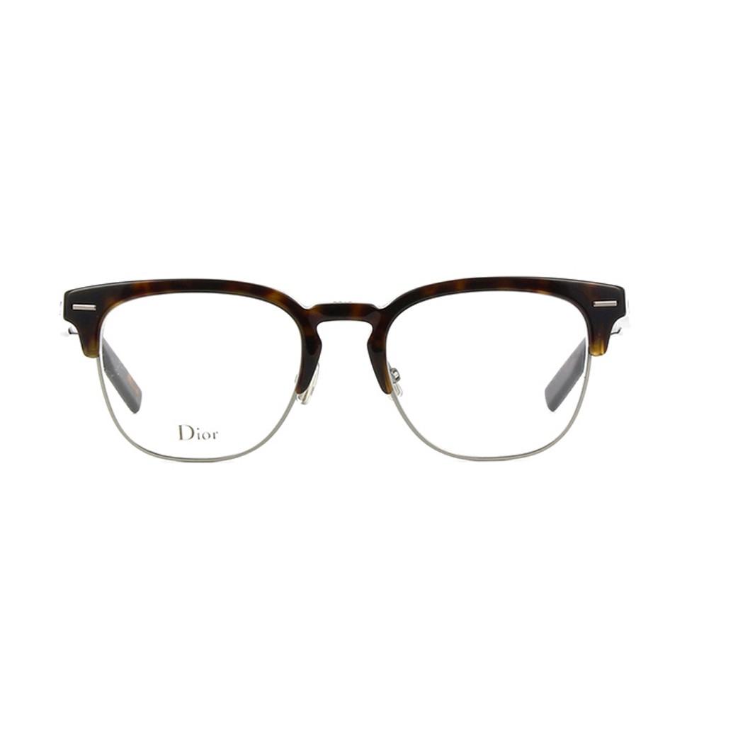 Os oculos da renomada grife Dior, vem ganhado espaco por todo mundo, pois  seus modelos sao sempre autenticos e modernos Modelo Blacktie 222 produzido  em ... 0178352d8e