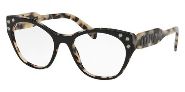 a667c989b3431 A colecao de oculos Miu Miu e dirigida a um publico particularmente atento  as novas tendencias